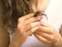 száraz töredezett haj
